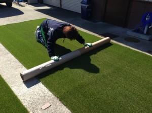 人工芝敷設作業