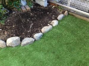 人工芝の庭作り