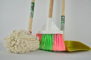 人工芝の掃除_拭き掃除